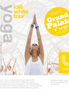 lole-white-tour-paris-grand-palais-seance-yoga-geante-exceptionnelle-01133239