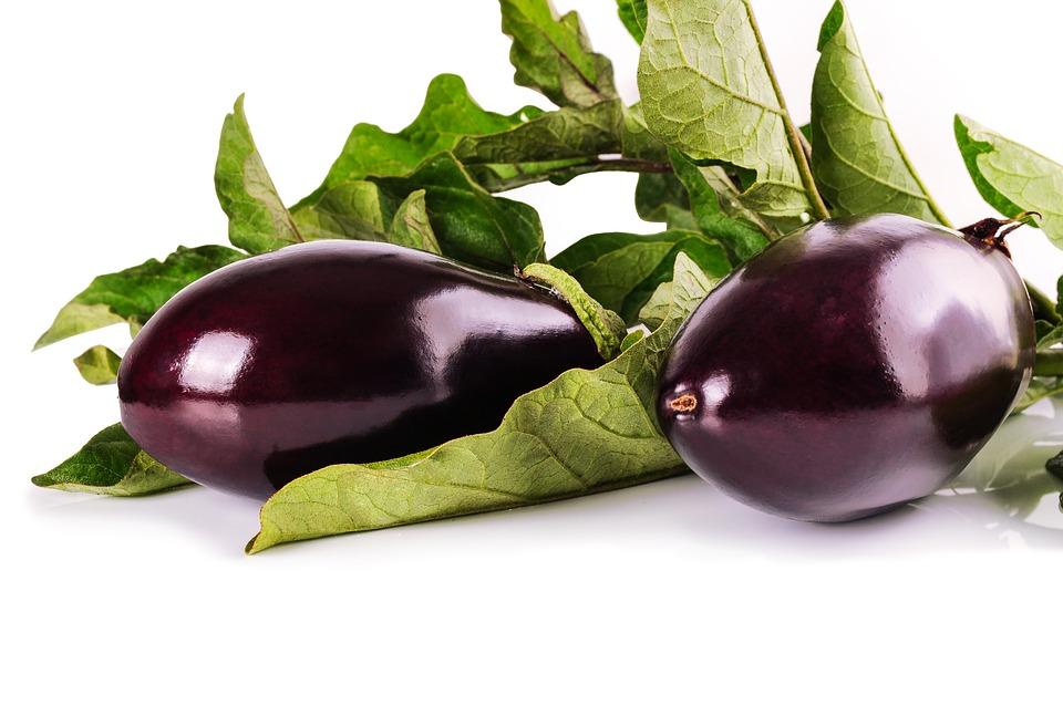 Maigrir avec l'aubergine : bienfaits et recette
