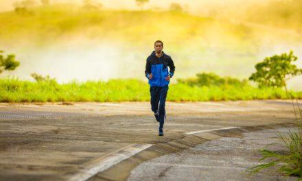 Le retro-running: le jogging en arrière pour perdre plus de poids