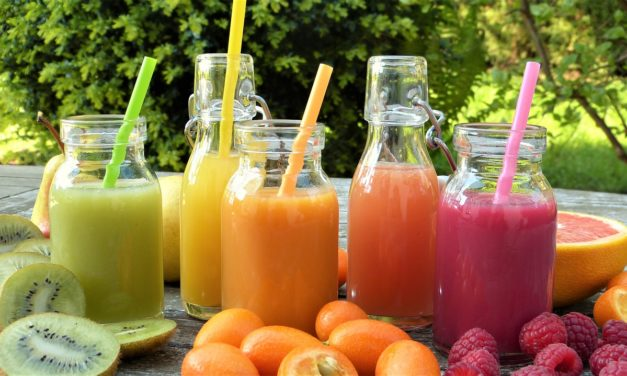 Boire du jus de fruit frais dès le matin, c'est bon pour votre santé