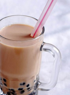 bubble-tea-la-boisson-au-the-froid-et-tapioca-2307144107