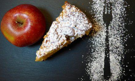 Gâteau au yaourt et à la pomme – sans sucre