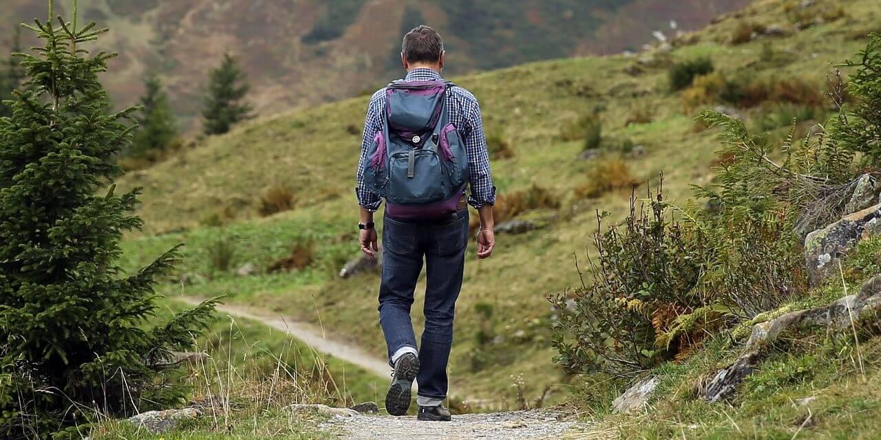 3 Accessoires pour partir en randonnée l'esprit tranquille