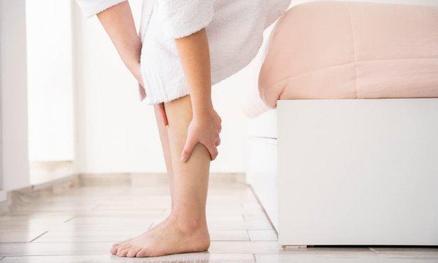 3 solutions EFFICACES contre les jambes lourdes